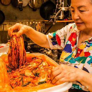オモニ・金順貞さんが仕込む、奥深い味わいの自家製キムチ