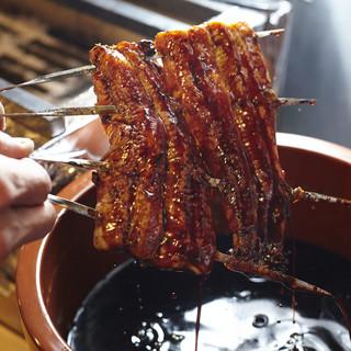 備長炭で手焼きで焼き上げる匠の技
