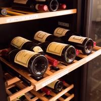 プロが厳選したワインの数々
