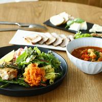 ジレカフェ - 週替わりプレートとスープ