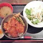 65474639 - 2017.4.14。牡蠣天丼+生牡蠣 850+300→540円