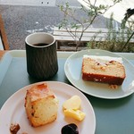 Sunday Bake Shop - シンプルスポンジ&ホワイトケーキとのペアリングは、ケニアのエスプレッソ。