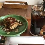 65488672 - ティラミス、アイスコーヒー