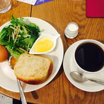 COUZT CAFE -