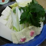 鯛よし百番 - 寄せ鍋の野菜
