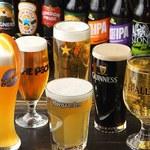 フットニック - 10種類の樽生ビールや巷で大人気のクラフトビール、ホワイトビールもラインナップ!!