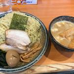 北海道らぁ麺 ひむろ - 味噌つけ麺