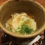 Soffa Tokyo - 引き湯葉茶碗蒸し 見た目通り優しいお味✨生姜が効いててほっこり