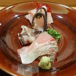 日本料理 太月 - お造り(とりがい、シマアジ)