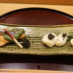 日本料理 太月 - フグしらこキャビア、サクラマス木の芽味噌