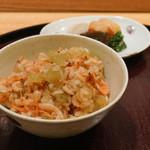 日本料理 太月 - 桜えびとふきの炊き込みご飯