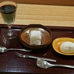 日本料理 太月 - サクラアイス、大和芋で作ったいちご大福、抹茶プリン