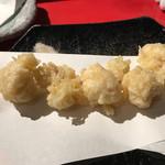 三ノ宮高架下市場 - 鯛白子天ぷら