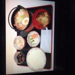 とろっとろ もつ煮 岡野食堂 - 料理写真: