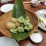 利久庵 - 「そら豆と新じゃが」750円