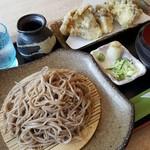 蕎麦 花月 - 料理写真:舞茸天そば 1050円