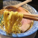65548428 - 生姜醤油らーめん(760円)麺リフト