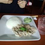 Thai food club BACCARA - カオマンガイ