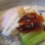 澤千 - 料理写真:前菜の桜豆腐は一品出し