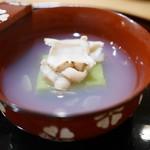 豪龍久保 - 料理写真:お椀 うすいえんどう豆腐と江戸前蛤