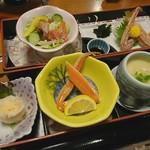 長岡 甲羅本店 - 料理写真:彩り御膳