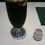 カフェ 杜の香り - アイスウィンナ。混ぜる前。