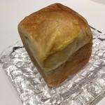 ブレッド&バターファクトリー - 料理写真:CUBEクリーム