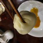 龍盛菜館 - 小籠包