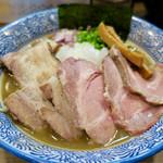 煮干しつけ麺 宮元 - 「チャーシュー極上濃厚煮干しそば」(980円)