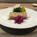 65610942 - 鴨コンフィとジャガイモのテリーヌ、赤野菜のブレゼ