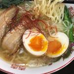 宮島ラーメン安芸侍 - 塩ラーメン 麺リフト
