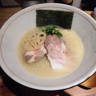 麺と心 7 - 料理写真:濃厚魚介そば元味