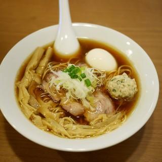 中華蕎麦 あお木 - 料理写真:しょうゆらーめん 750円