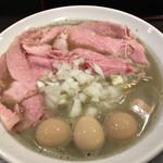 65703014 - 煮干そば+肉増し・うずら味玉
