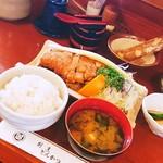 松村 - ロースかつ定食1250円大盛100円増しです❗✌o(^o^)o