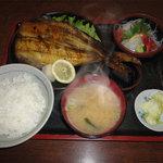 魚礁 - 焼魚定食(900円)