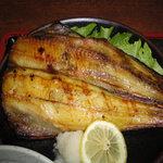 魚礁 - 焼魚定食-ホッケ(900円)アップ
