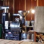CLAMP COFFEE SARASA - 店内