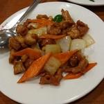 桂園 - 料理写真:鶏肉カシューナッツ炒め
