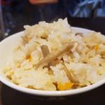麺舞 龍e - 鶏めし200円味はやわらかくラーメンを後押ししてくれる