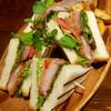 ビストロ コションドール - 料理写真:熟成塩豚のカツサンド