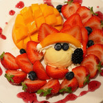 果実園 - 宮崎マンゴーと博多あまおうのパフェ