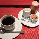 プロペラ - ホットコーヒー+100円(税込)