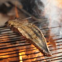 絶対食べてほしいカツオ、サワラ等の藁(わら)焼き