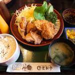 登利平 - 鳥合わせ定食(¥1000)。この内容でこの値段… すごくリーズナブルじゃないですか?