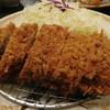 とんかつ 勝 - 料理写真:特選 厚切りロース定食