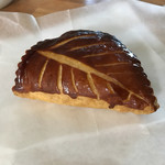 ブーランジェリータナカ - 料理写真:ショーソン・オ・ポム