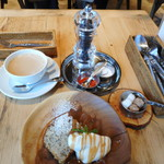 NAAK CAFE  - ペッパーミル&塩&スパイス