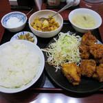 65947977 - 若鶏の唐揚げ ※特別限定セット 御飯・スープ・搾菜・サービス小皿・杏仁豆腐付き