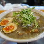 Menkyoushouin - 料理写真:中華そば・こってり 追加煮玉子